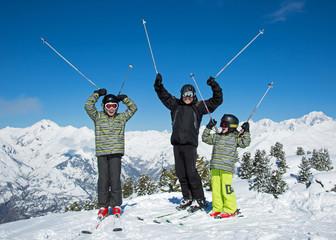 Père et fils au ski