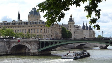 River Seine Cruise, building in a background is La Conciergerie