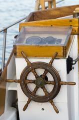 Timone di barca a vela