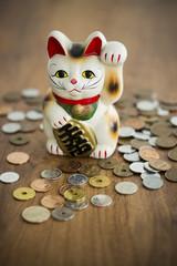 招き猫と硬貨