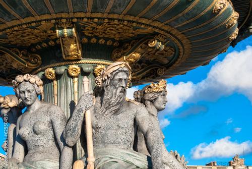 Papiers peints Statue Gros plan statue fontaine place de la Concorde, Paris
