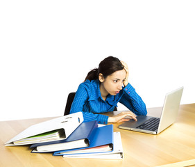 Business woman concentrated on her computer