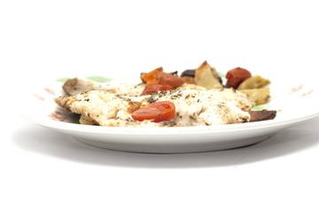 pesce con patate e pomodori
