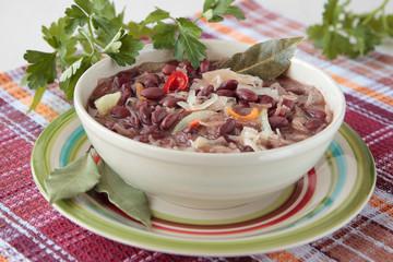 Red bean soup with sauerkraut