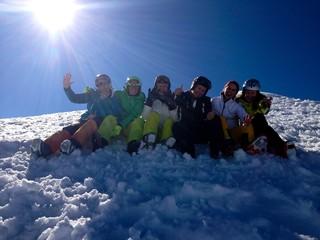 Skifahrer in der Gruppe