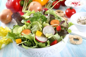 insalata di verdure miste