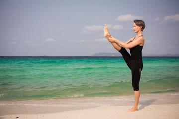 Yoga posture Utthita Hasta Padangusthasana