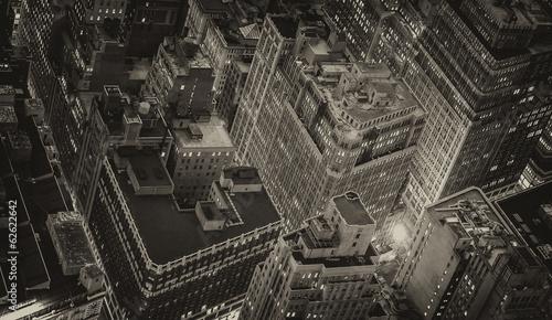 Wspaniałe panoramę Nowego Jorku z miejskich drapaczy chmur w nocy
