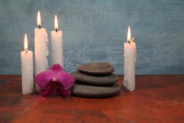 Arrangement mit Kerzen