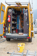 Inhalt eines Baustellen Fahrzeugs im Handwerk