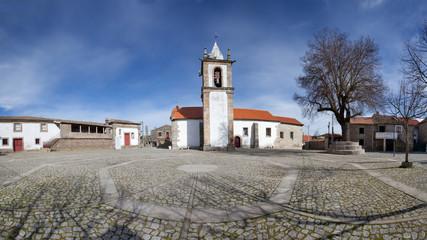 Panoramica da aldeia típica de Freineda