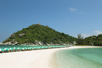 view of koh nang yuan in chumphon  thailand
