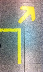 Yellow arrow zone for undergrond station