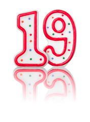Rote Nummer 19 mit Reflexion