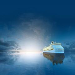 Kreuzfahrtschiff  am Abend II