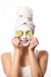 canvas print picture - Lächelnde Frau mit einer Anti-Aging Maske