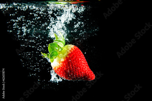 canvas print picture Erdbeer Splash