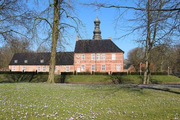 Schloss vor Husum, Krokusteppich