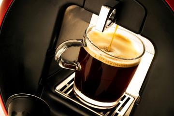 Kaffeetasse in Kapselmaschine