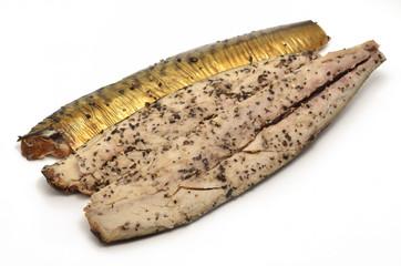Makrelen-Filet mit Pfeffer