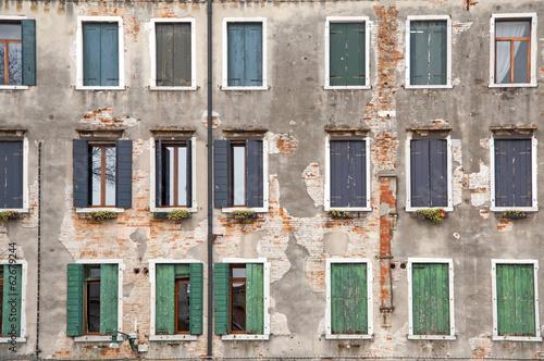 vecchie finestre - 62679244