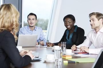 Deutschland, Geschäftsleute in der Sitzung