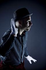 Mann Durchführung Pantomime