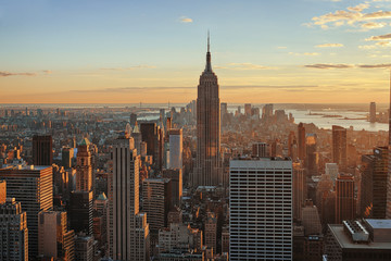 USA, New York City, Blick auf das Empire State Building in Manhattan