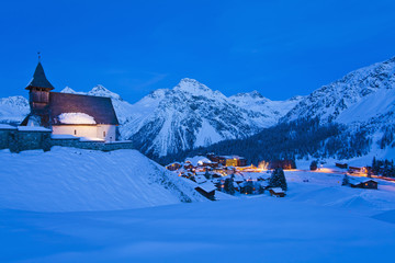 Schweiz, Blick auf Kirche Bergkirchli
