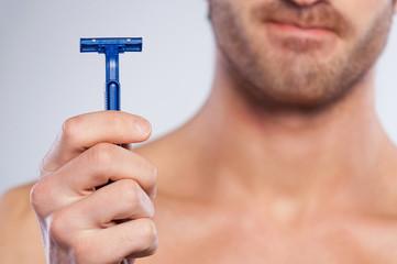 This razor irritates my skin.