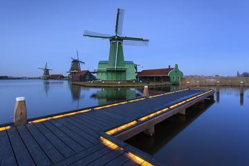 Mínhos de vento de Zaanse Schans na Holanda