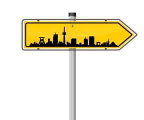 Schild Richtung Skyline Essen