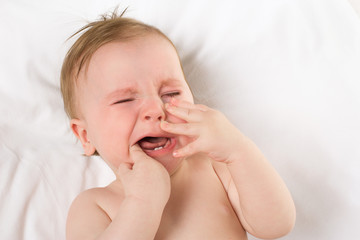 baby crying teething