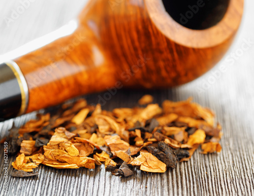 Pipe tobacco. Shallow depth of field.