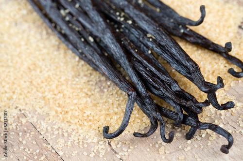 vanilla pods and brown cane sugar