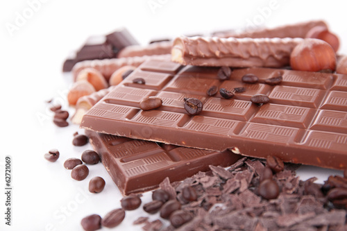 chocolate bar and nuts