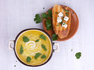 Parsnip cream soup