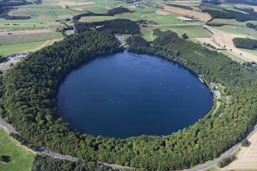 Deutschland, Rheinland-Pfalz, Ansicht der Pulvermaar