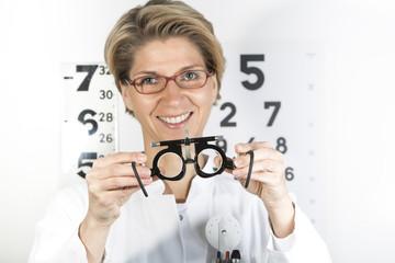 Deutschland, Arzt mit Testrahmen