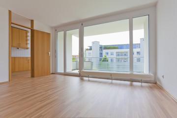 Deutschland, Stuttgart, Blick auf Wohnzimmer