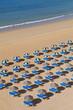 Portugal, Lagos, Leere Strandliegen