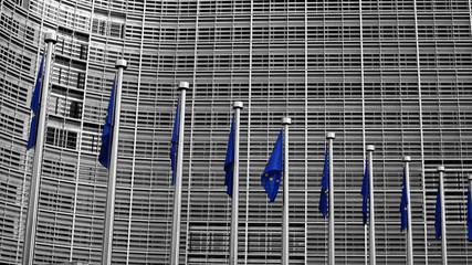 Belgien, Ansicht der Europäischen Kommission Gebäude mit Fahnenstangen