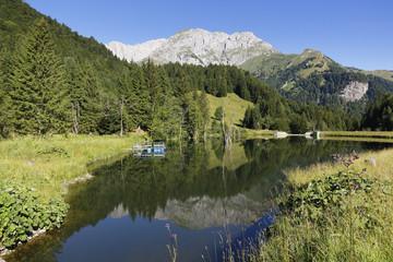Österreich, Kärnten, Karnischen Alpen, Cellonsee mit Mooskofel