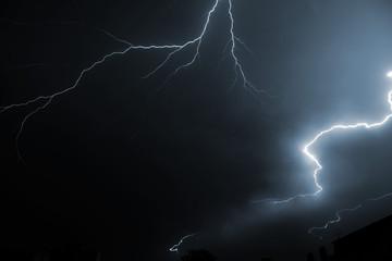 Deutschland, Offenbach, Blitz in der Nacht