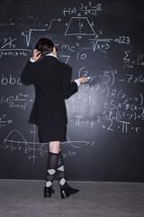 Mädchen Lösung von Problemen