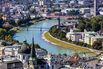 Österreich, Salzburg, Blick von der Festung Hohensalzburg Stadt über den Fluss Salzach