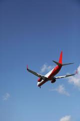 Deutschland, Berlin, Passagierflugzeug fliegen Tegel