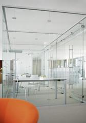 Deutschland, Modern Büro mit Glaswänden