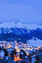 Schweiz, Blick auf St. Moritz Stadtbild