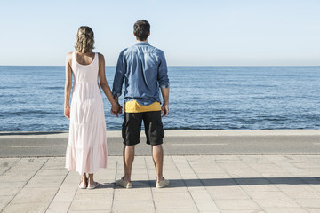 Spanien, Paar am Atlantik, Blick